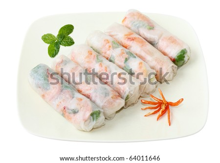 Vietnamse spring rolls with lettuce, mint, shrimp and vermicelli