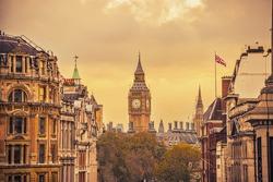 view big ben from Trafalgar square,London, effect vintage