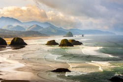 View from Ecola State Park looking south toward Canon Beach and haystack Rock, Oregon coast.