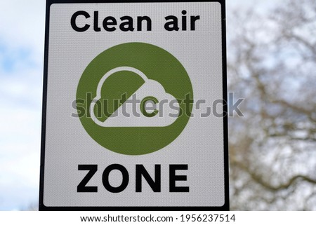 View of a Generic Clean Air Congestion Zone Charge Sign Imagine de stoc ©