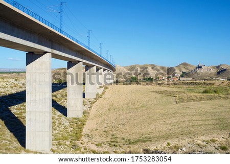 view of a high-speed viaduct in Roden, Zaragoza, Aragon, Spain. AVE Madrid Barcelona. Stock foto ©