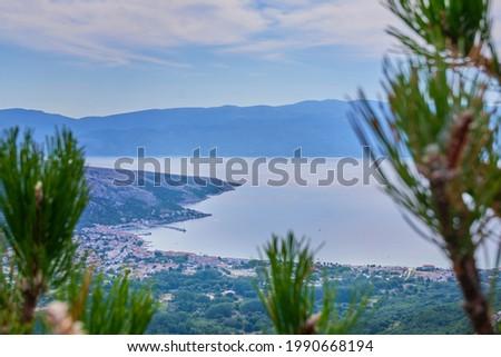 View of Baska village and the Vela beach. Foto stock ©