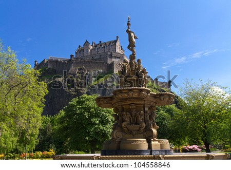 View of Edinburgh Castle from Princes Street Gardens with the Ross Fountain, Scotland, Europe