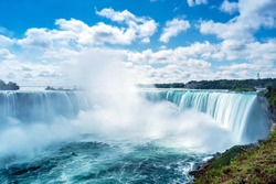 View of Horseshoe Fall, Niagara Falls, Ontario, Canada.