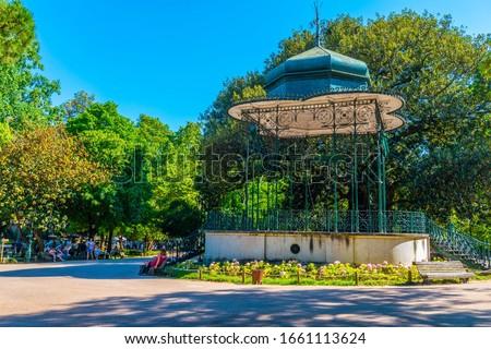 View of Jardim da estrela garden in Lisbon, Portugal Foto stock ©