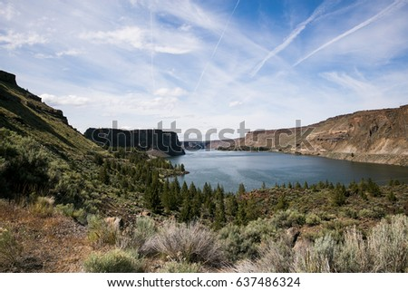 View of Lake Billy Chinook in Oregon