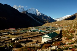 View of Mt. Kangtega and Mt. Thamserku, Dingboche, Solukhumbu District, Sagarmatha Zone, Himalayas, Nepal, Asia