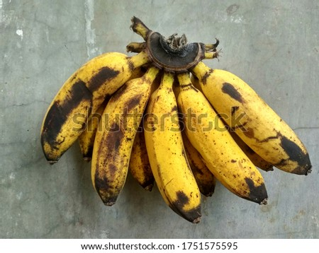View of ripe bananas. This ripe bananas are sweet. The color of ripe bananas are yellow turns brown.