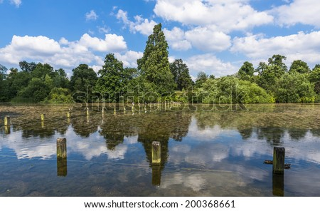 View of Serpentine lake in Hyde Park in the summer, London, UK