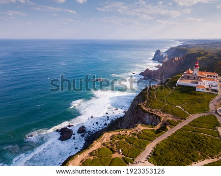 View of the Atlantic Ocean from Cape Roca (Cabo da Roca) - most westerly point of the Eurasian continent, Portugal Foto stock ©