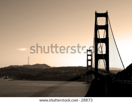 View of the Golden Gate Bridge from the Vista Point