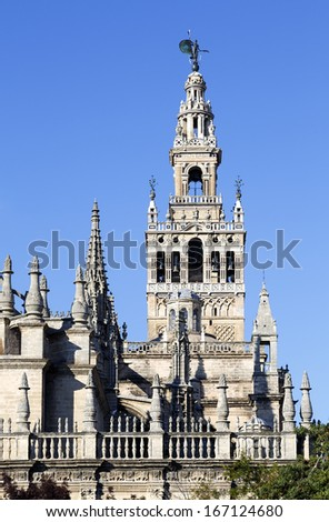 View of the la Giralda tower, the belfry of the Cathedral of Sevilla, in Spain
