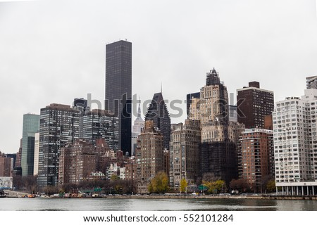 View of the Manhattan skyline from Roosevelt Island #552101284