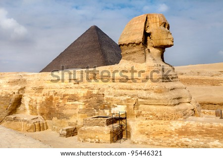 View of the Sphinx and Pyramid of Khafre, Cairo, Egypt