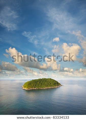 View of the tropical island. Vertical composition in very high resolution.