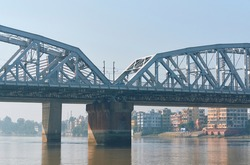 View of Vivekananda Setu, popularly known as Bally Bridge, a multispan steel bridge on Hooghly river connecting Howrah and North 24 Parganas. Completed in 1930, it is still fully operational.