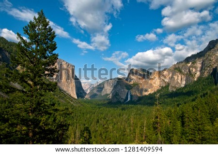 View of Yosemite Valley from the Gates of the Valley, Yosemite National Park, California, USA.