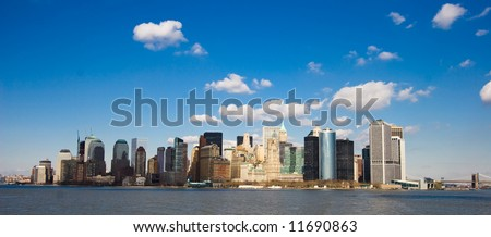 View on New York under blue skies from Hudson River