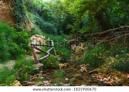 View on the wooden fence standing near the path in Myli gorge, Crete Zdjęcia stock ©