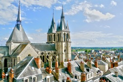 View over Blois and the Saint-Louis Cathedral from the Royal Castle.