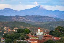 View over historic town Diamantina with an impressive mountain range in the back, Minas Gerais, Brazil