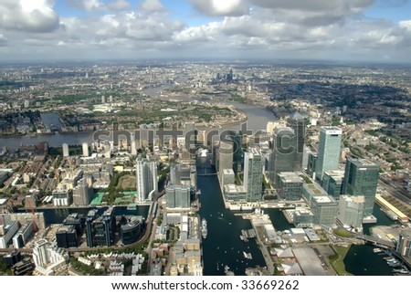 View to the Canary wharf/Canada water districts from the helicopter