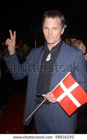 VIGGO MORTNESEN at the USA premiere of his new movie The Lord of the Rings: The Return of the King, in Los Angeles. December 3, 2003  Paul Smith / Featureflash
