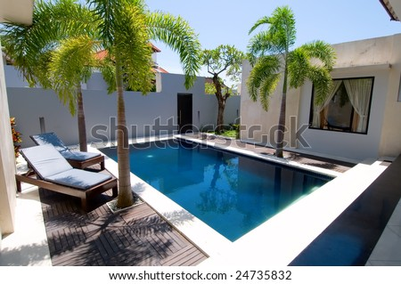 Villa with swimming pool and relaxation bed #24735832