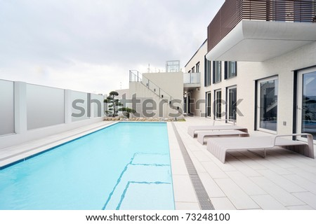 Villa with swimming pool and relaxation bed-1