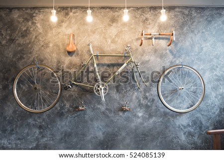 vintage bicycle on the wall...