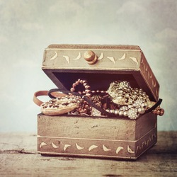 Vintage box with jewelry