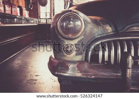 vintage classic car   abandoned ...
