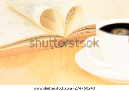 vintage love to reading book with coffee