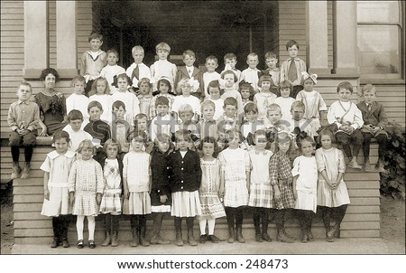 Vintage Photo of a Elementary School Class Portrait