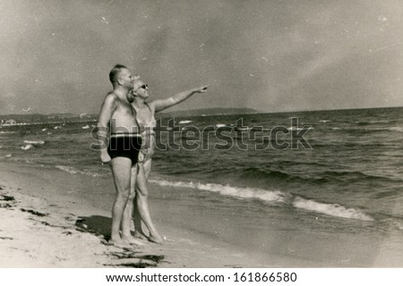 vintage photo of couple on...