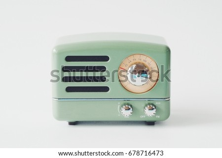 vintage radio with copy space background  #678716473