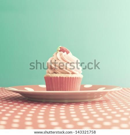 Vintage Retro Sweet Cupcake