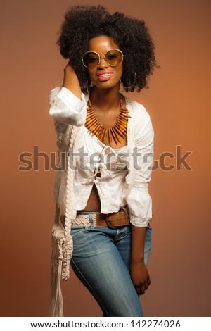 vintage 70s fashion black woman with sunglasses white