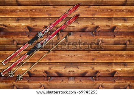 Vintage Ski fixed on wooden wall