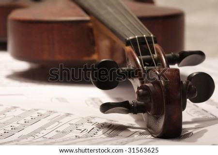 violin with note background