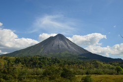 Volcano Arenal next to the rainforest, Costa Rica Pacific, Nationalpark, great Landscape Panorama, Nice view, top shot
