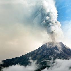 volcano erupt smoke cloud mountain volcanic ecuador andes explosion from tungurahua volcano ecuador volcano erupt smoke cloud mountain volcanic ecuador andes explosion from disaster volcanoe tour dust