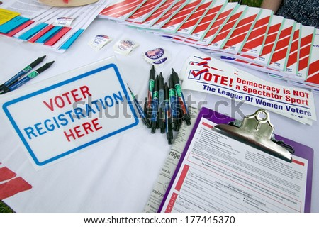 Voter registration forms for new American citizens at Independence Day Naturalization Ceremony on July 4, 2005 at Thomas Jefferson\'s home, Monticello, Charlottesville, Virginia.