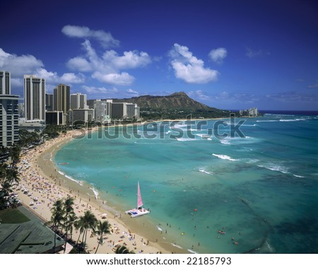 Waikiki beach and Diamond Head crater on the island of Oahu, Hawaii