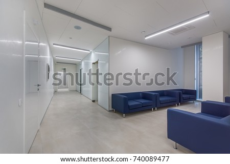 Waiting area with seats in a clinic