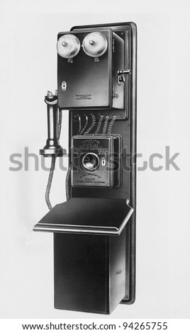 Wall telephone made by General Electric for American Bell Telephone Company, 1886