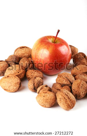 Walnut in an environment of other walnuts in various compositions.