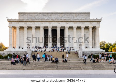 WASHINGTON DC, USA - SEP 24, 2015: Lincoln memorial in the evening, Washington DC, USA. It\'s an American national monument built to honor the 16th President of the United States, Abraham Lincoln