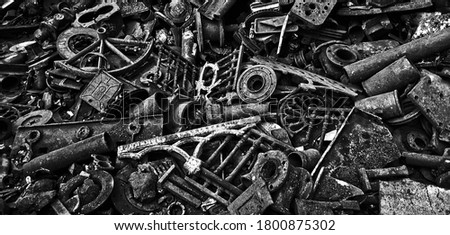 Waste iron metals rusted. Scrap Metal, ready for recycling Photo stock ©