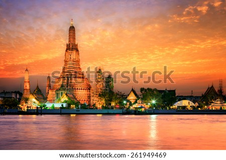 Wat arun in sunset at Bangkok,Thailand ストックフォト ©